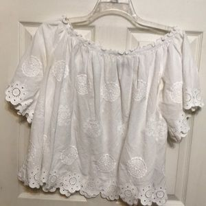 (A) Lane Bryant top embroidered designs size 14/16